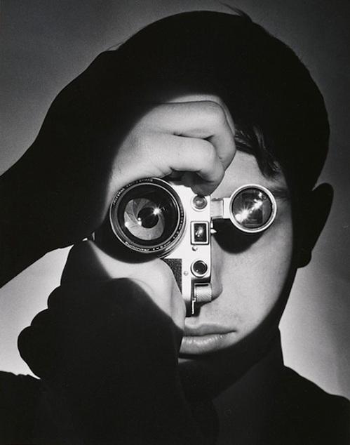 Cortocircuito fotografico #13: Dennis Stock fotografato da Andreas Feininger